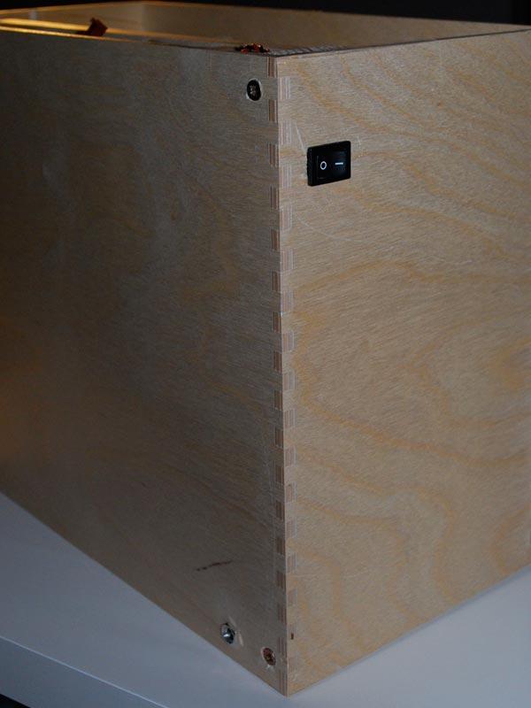 ... Toon onderwerp - Spuitcabine uit IKEA kastje met PC-ventilatoren (12V