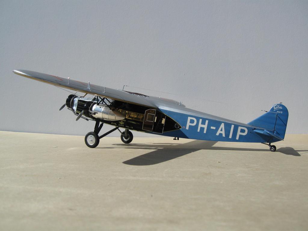 vliegtuig de pelikaan en de uiver