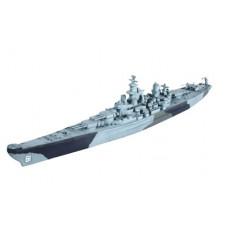 1:1200 revell  Battleship U.S.S. IOWA